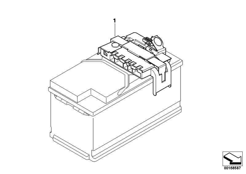 Stromverteiler mit Sicherung  X6 X5  (61149222210)