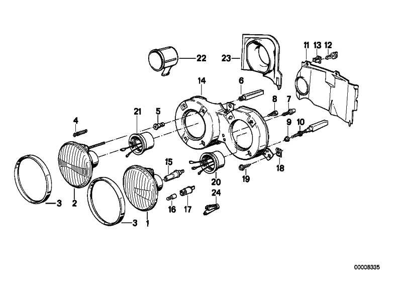 Abblendlichteinsatz Stufenreflektor li. BOSCH           3er  (63121373505)