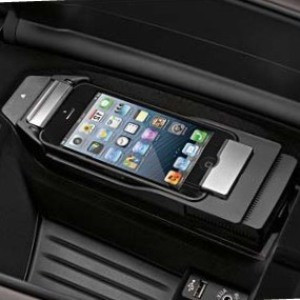 BMW Snap-In Adapter Connect iPhone 5 / 5s