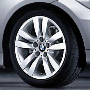 BMW Kompletträder Doppelspeiche 161 17 Zoll Silber 3er E90 E91 E92 E93