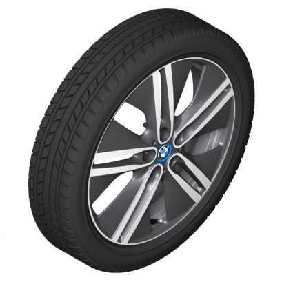 BMW Alufelge Doppelspeiche 430 bicolor (schwarz / glanzgedreht) 5,5J x 20 ET 53 Hinterachse linke Fahrzeugseite i3