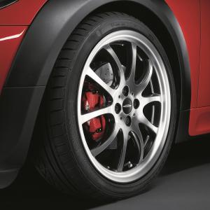MINI Alufelge John Cooper Works Double-Spoke R105 glanzgedreht 7J x 18 ET 52 Bicolor (Schwarz / glanzgedreht) Vorderachse / Hinterachse MINI R50 MINI Cabrio R52 R57 MINI R53 R56 MINI Clubman R55 MINI Coupe R58 MINI Roadster R59