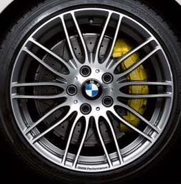BMW Performance Bremsanlage (Vorderachse und Hinterachse) mit BMW Performance Bremsscheibe gelocht und genutet BMW 1er E81 E87 3er E90 E92