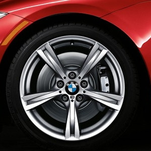 BMW Alufelge M Sternspeiche 325 8,5J x 18 ET 40 Silber Hinterachse BMW Z4 E89
