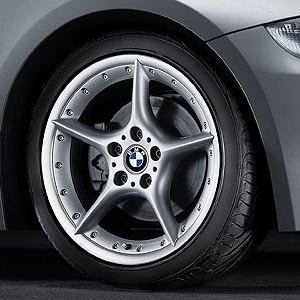 BMW Alufelge Sternspeiche 108 8J x 18 ET 47 Silber Vorderachse BMW Z4 E85 E86