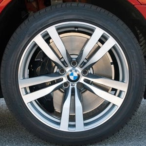 BMW Alufelge M Doppelspeiche 300 10J x 20 ET 40 Silber Vorderachse BMW X5 E70 X6 E71