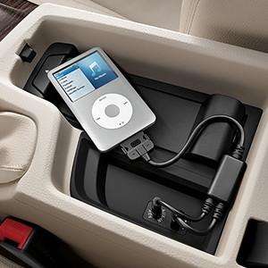 BMW Music Adapter für Apple iPod / iPhone 5 5S 6 6S (Lightning-Connector)