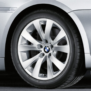 BMW Alufelge V-Speiche 248 8J x 18 ET 14 Silber Vorderachse / Hinterachse BMW 6er E63 E64