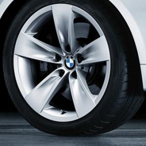 BMW Alufelge Sternspeiche 246 8J x 18 ET 43 Silber Vorderachse / Hinterachse BMW 5er E60 E61 mit xDrive