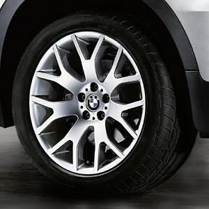 BMW Kompletträder Kreuzspeiche 177 silber 18 Zoll X5 E70