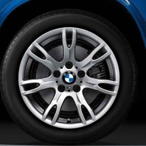 BMW Winterkompletträder M Doppelspeiche 354 silber 17 Zoll X1 E84
