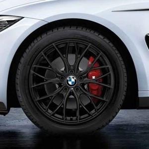 BMW Winterkompletträder M Doppelspeiche 405 schwarz matt 18 Zoll 3er F30 F31 4er F32 F33 F36 RDCi