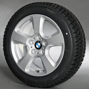 BMW Alufelge Sternspeiche 243 silber 7,5J x 17 ET 20 Vorderachse / Hinterachse BMW 5er E60 E61 ohne xDrive
