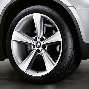BMW Kompletträder Sternspeiche 128 silber 21 Zoll X5 E70 F15 X6 F16