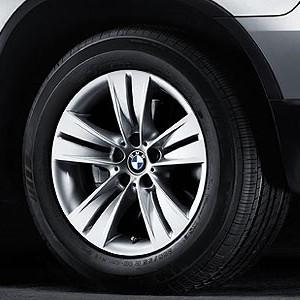 BMW Alufelge Sternspeiche 153 8,5J x 18 ET 48 Silber Vorderachse / Hinterachse BMW X5 E53