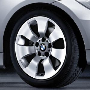 BMW Winterkompletträder Sternspeiche 158 silber 17 Zoll 3er E90 E91 E92 E93
