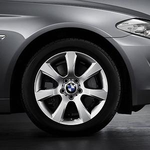 BMW Alufelge Sternspeiche 330 8J x 18 ET 30 Silber Vorderachse / Hinterachse BMW 6er F06 F12 F13 5er F10 F11