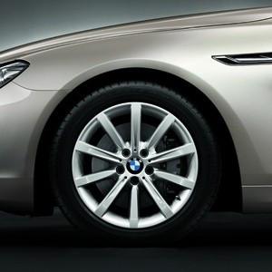 BMW Kompletträder Sternspeiche 365 18 Zoll Silber 5er F10 F11 F18 6er F06 F12 F13