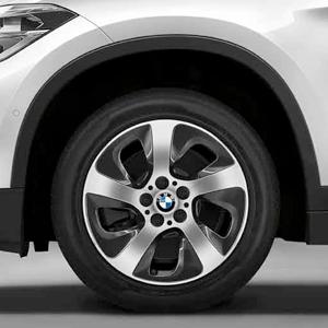 BMW Alufelge Turbinenstyling 561 7,5 J x 17 ET 52 schwarz glänzend 17 Zoll Vorderachse / Hinterachse (linke Fahrzeugseite) X1 F48