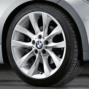 BMW Alufelge V-Speiche 217 7,5J x 18 ET 49 Silber Vorderachse BMW 1er E81 E82 E87 E88