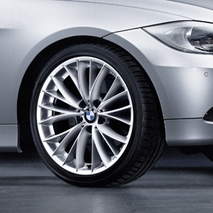 BMW Alufelge V-Speiche 342 8,5J x 18 ET 37 Silber Hinterachse BMW 3er E90 E91 E92 E93