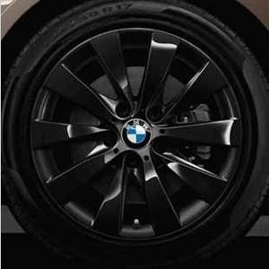 BMW Kompletträder V-Speiche 413 17 Zoll Schwarz 3er F30 F31 4er F32 F33 F36 RDCi