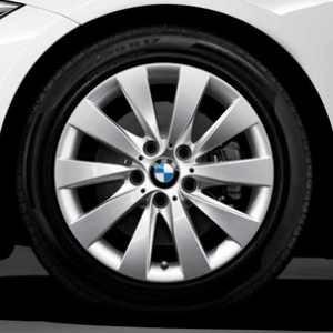 BMW Alufelge V-Speiche 413 7,5J x 17 ET 37 Silber Vorderachse / Hinterachse BMW 3er F30 F31 4er F32 F33 F36