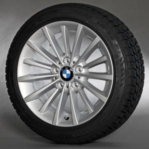BMW Alufelge Vielspeiche 284 8J x 17 ET 34 Silber Vorderachse / Hinterachse BMW 3er E90 E91 E92 E93