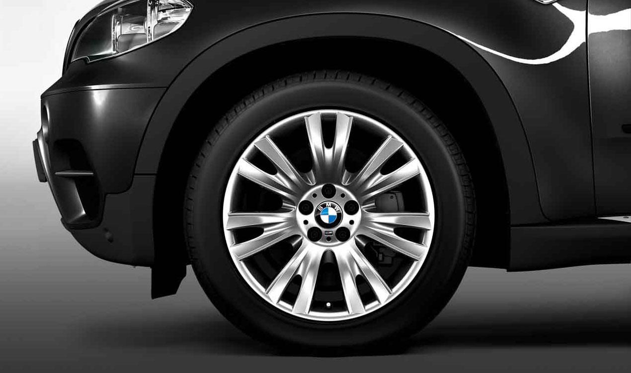 BMW Winterkompletträder M V-Speiche 223 silber 19 Zoll X5 E70