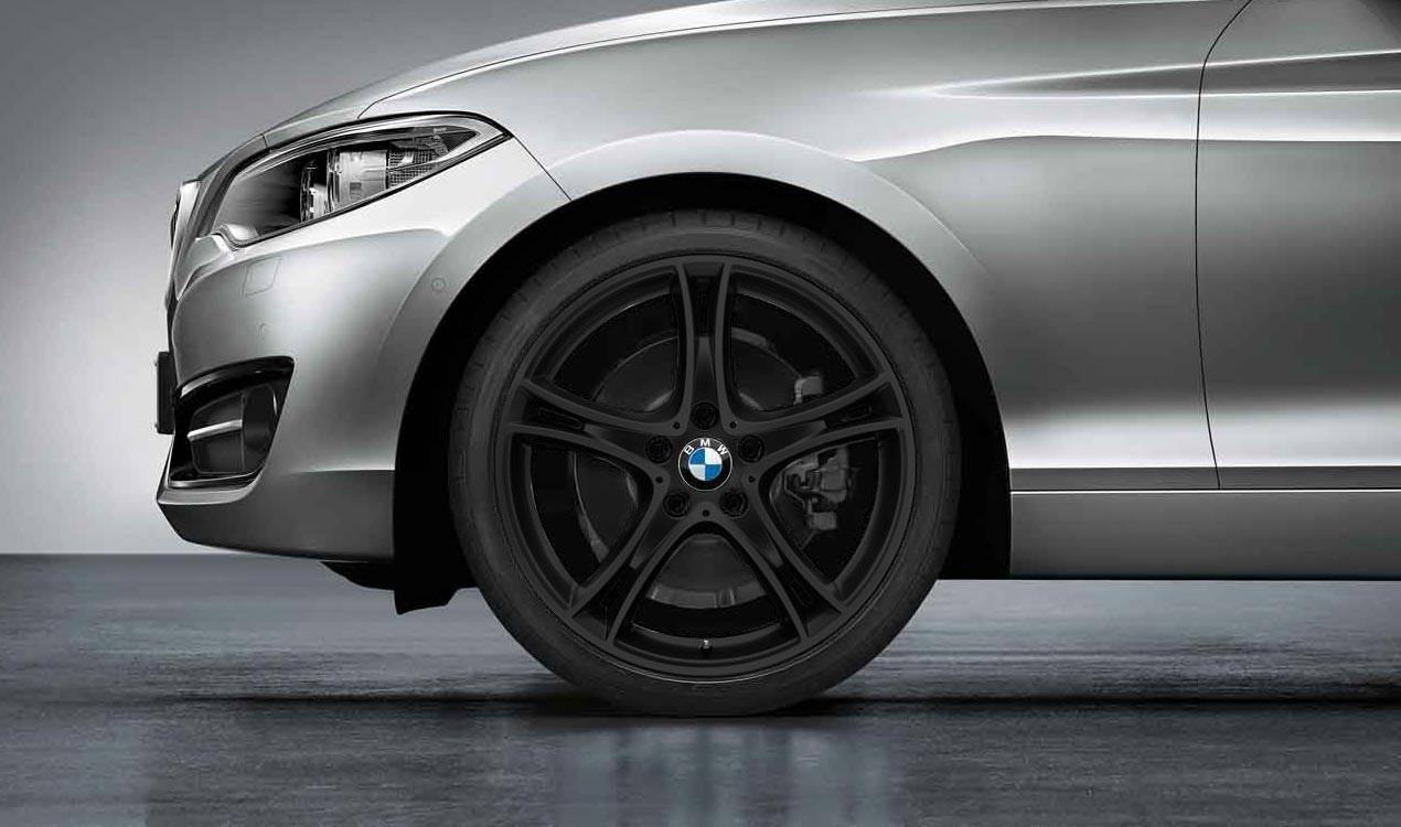 BMW Kompletträder Doppelspeiche 361 Schwarz Matt 19 Zoll