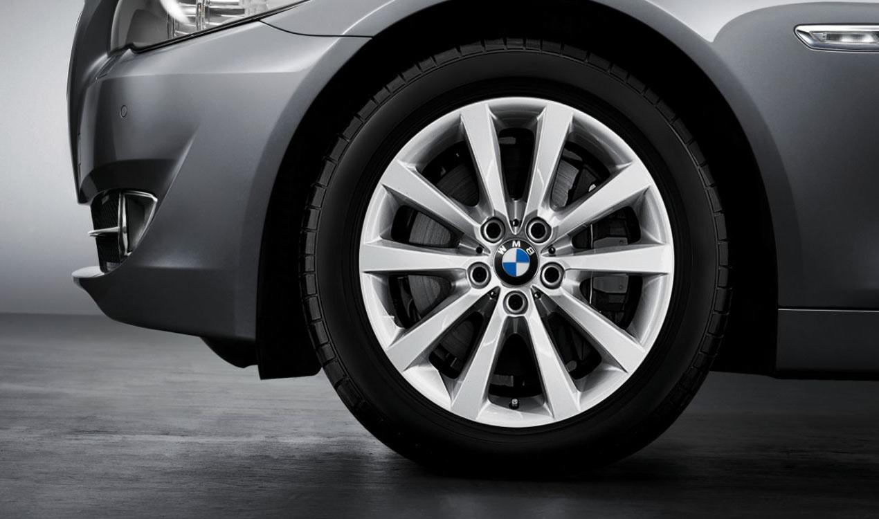 BMW Winterkompletträder V-Speiche 328 silber 18 Zoll 5er F10 F11 6er F06 F12 F13