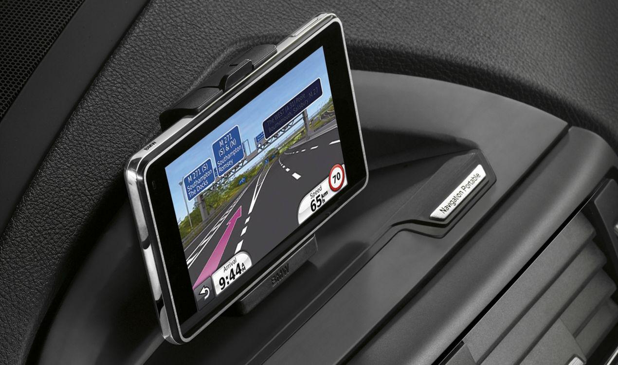 bmw navigation portable plus 1er e81 e82 e87 e88 3er e90. Black Bedroom Furniture Sets. Home Design Ideas
