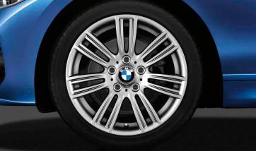 BMW Winterkompletträder M Sternspeiche 383 silber 17 Zoll 1er F20 F21 2er F22 F23