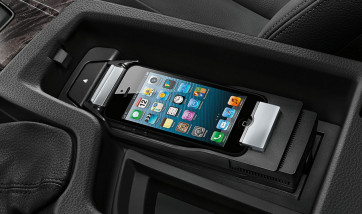 BMW Snap-In Adapter Music iPhone 5, 5s, SE