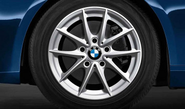 BMW Alufelge V-Speiche 360 silber 7J x 16 ET 44 Vorderachse / Hinterachse 1er E81 E82 E87 E88