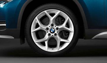 BMW Alufelge Y-Speiche 322 silber 8J x 18 ET 30 Vorderachse X1 E84