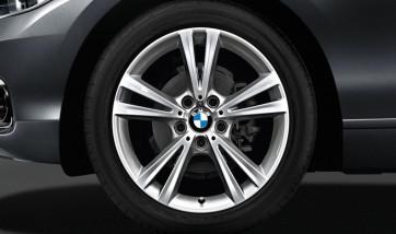 BMW Kompletträder Doppelspeiche 385 reflexsilber 18 Zoll 1er F20 F21 2er F22 F23 RDCi (Mischbereifung)