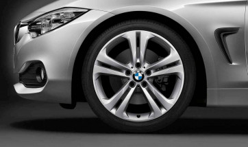 BMW Alufelge Doppelspeiche 401 silber 8,5J x 19 ET 47 Hinterachse 3er F30 F31 4er F32 F33 F36