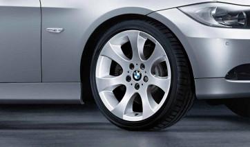 BMW Alufelge Ellipsoidspeiche 162 8J x 18 ET 34 Silber Vorderachse BMW 3er E90 E91 E92 E93