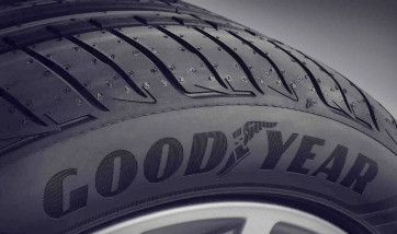 Winterreifen Goodyear Ultra Grip 8* RSC 195/55 R16 87H