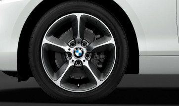 BMW Kompletträder Sternspeiche 382 bicolor (spacegrau / glanzgedreht) 17 Zoll 1er F20 F21 2er F22 F23 RDCi (Mischbereifung)