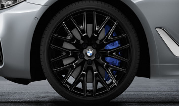 BMW Alufelge Kreuzspeiche 636 schwarz 8J x 20 ET 30 Vorderachse 5er G30 G31