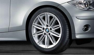 BMW Alufelge M Doppelspeiche 207 7J x 17 ET 47 Silber Vorderachse / Hinterachse BMW 1er E81 E82 E87 E88