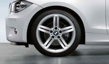 BMW Alufelge M Doppelspeiche 208 silber 8,5J x 18 ET 52 Hinterachse 1er E81 E82 E87 E88