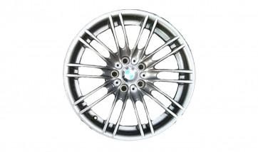 BMW Alufelge M Doppelspeiche 260 9,5J x 18 ET 23 Silber Hinterachse BMW 3er E90 E92 E93