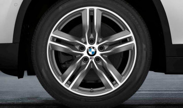 BMW Kompletträder M Doppelspeiche 570 bicolor (ferricgrey / glanzgedreht) 18 Zoll X1 F48 X2 F39 RDCi