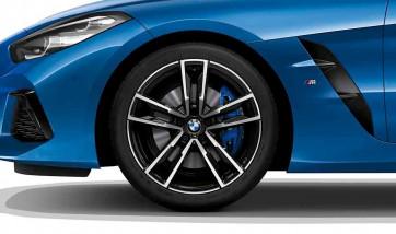 BMW Alufelge M Doppelspeiche 799 bicolor (schwarz / glanzgedreht) 10J x 19 ET 40 Hinterachse Z4 G29