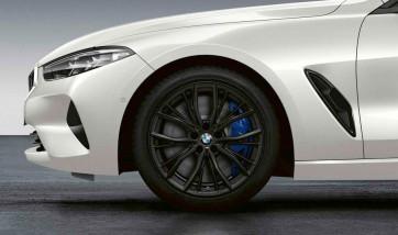 BMW Winterkompletträder M Performance Doppelspeiche 786 schwarz matt (geschmiedet) 19 Zoll 8er G14 G15 G16 RDCi