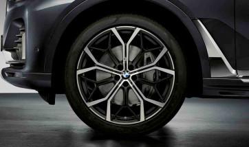 BMW Alufelge M Performance Y-Speiche 785 bicolor (schwarz matt / glanzgedreht) 9,5J x 22 ET 32 Vorderachse X7 G07