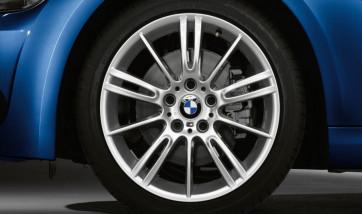 BMW Winterkompletträder M Sternspeiche 193 silber 18 Zoll 3er E90 E91 E92 E93 (Mischbereifung)